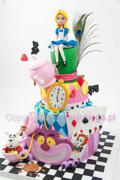 Alice and wonderland cake