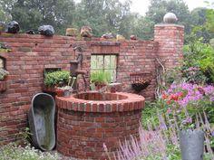 Terrasse Plus – Ruinenmauern