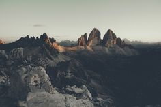 View from the summit of Torre di Toblin towards Tre Cime di Lavaredo (right) and Monte Paterno (left). The Sexten Dolomites, Italy