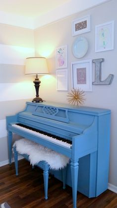 painted piano using diy chalk paint
