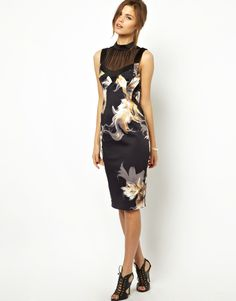 Karen Millen | Karen Millen Bodycon Dress in Shattered Flower Print at ASOS