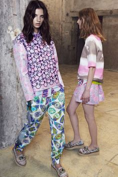 How To Mix & Match Prints, Pastels, & Neons For Spring #refinery29