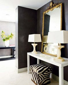 Black wall creates a dramatic entry