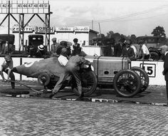 Barney Oldfield 1916 Indy practise Delage