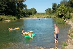 Zwemmen in de Cèze, camping Frankrijk met zwembad en Glamping, regio Gard