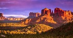 Plan a trip to Sedona, Arizona to admire the beautiful landscape, visit the city's attractions and museums.