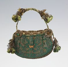 Green Embroidered Purse, circa late 17th century