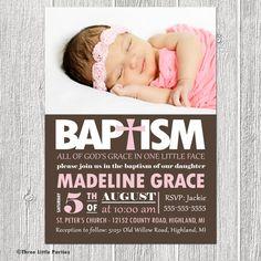 Español bautismo invitación imprimible por ThreeLittleParties