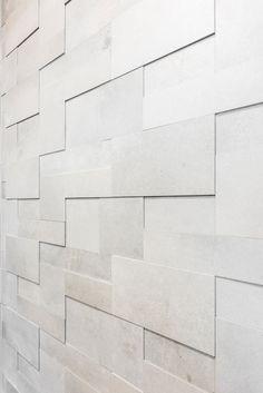 Hartman Koti Salmiakki. Seinässä Reload titanium 3D mosaiikki. #pukkilalaatat #pukkila