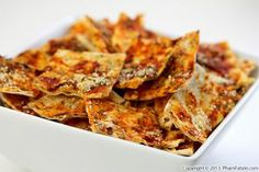 If you want to have a healthy late night snack, these savory pizza lavash crackers are for sure going to satisfy your appetite. Leftover lavash bread, thick tomato sauce, marjoram, thyme, oregano, crushed red peppers and Parmesan cheese are all you need to make the perfect crowd pleaser.The spiciness from the crushed red peppers makes them so addictive. You can also prepare a sweet version with apples and cinnamon, if you prefer