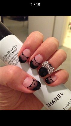 See through nail art