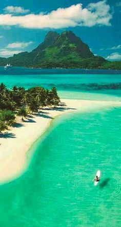 Beautiful Pearl Beach on Bora Bora in French Polynesia. More Bora Bora :) Places To Travel, Places To See, Travel Destinations, Travel Europe, Holiday Destinations, Egypt Travel, Bali Travel, Hawaii Travel, Budget Travel