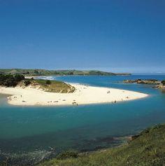 Playa Oyambre con el campo de #golf. Cantabria. Spain
