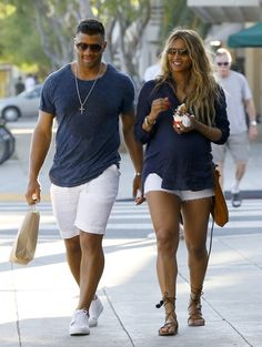 Russell Wilson Photos Photos - Superstar couple Russell Wilson and Ciara are seen doing some shopping together and stopping to grab a bite to eat in West Hollywood, California on March 11, 2017. - Russell Wilson and Ciara Go Shopping in Style
