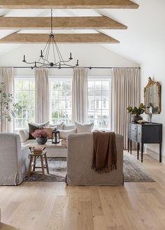 Living Room Inspiration, Interior Design Inspiration, Home Decor Inspiration, Home Living Room, Living Room Decor, Living Spaces, Home And Deco, Autumn Home, Home Interior