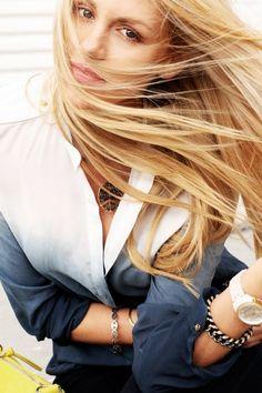 Dress Me Blog Me
