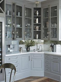 Windsor Smith Homefront: Design for Modern Living: Windsor Smith, Gwyneth Paltrow: 9780847843626: Amazon.com: Books