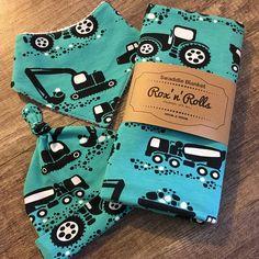 Newborn Boys Swaddle Set Swaddle Wrap Blanket Top Knot beanie Bandana Bib