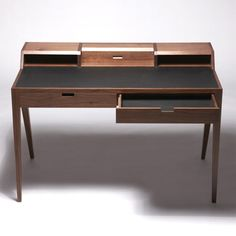 dare studio desk