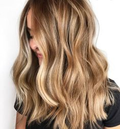Brunette Hair Color With Highlights, Fall Blonde Hair, Brown Hair With Highlights And Lowlights, Blonde Hair Looks, Brown To Blonde, Chunky Highlights, Dark Blonde With Highlights, Caramel Hair With Blonde Highlights, Natural Dark Blonde