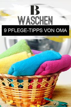 Wäschepflege-Tipps von Oma: Nachmachen oder vergessen? Mit den guten alten Hausmitteln wird die Wäsche ganz einfach sauber? Wir haben Omas Wäsche-Tipps mal unter die Lupe genommen! Wir sagen dir, welche Tipps im Haushalt nützlich sind und welche du beim Wäsche waschen getrost vergessen kannst. Lupe, Food, Left Out, Home Remedies, Nursing Care, Household, Tips, Essen, Meals