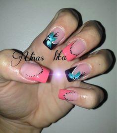 Uñas Lila