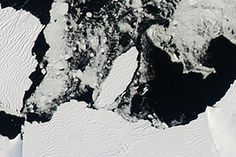 Iceberg B-34 Makes Its Debut off Antarctica : Image of the Day : NASA Earth Observatory 04/21/2015