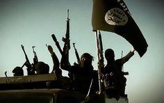 O grupo extremista Estado Islâmico perdeu 22% do território que ocupava na Síria e no Iraque nos últimos 14 meses, informou nesta quarta-feira (16/03) a emissora britânica BBC. O canal afirma que um estudo feito pela IHS também calcula que o EI perdeu 40% de faturamento, já que não pode vender petróleo por não controlar grande parte da região fronteiriça entre Turquia e Síria.