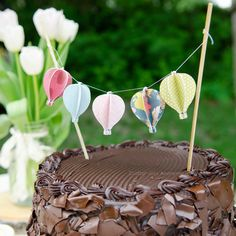 Hot Air Balloon Birthday Party. Loads of awesome ideas and easy crafts to make for it!