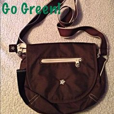 Sherpani Cross body Bag - Milli This is so cute and never used. It is environmentally friendly. Made with non toxic dyes, recycled aluminum and natural fibers. It is the Milli style. It's like new! Size is 11x10 Sherpani Bags Crossbody Bags