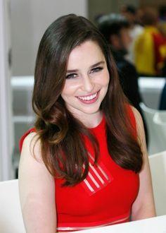 Emilia Clarke Comic Con 2013