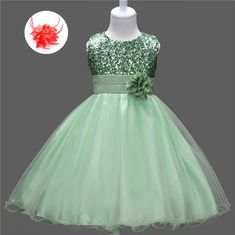 Cheap Flower Girl Clothes for Weddings Short Green Pageant Dresses Back Bow Sequined Apple Green Flowers Girls Dress For Kids Girls Frock Design, Kids Frocks Design, Baby Frocks Designs, Baby Dress Design, Kids Gown Design, African Dresses For Kids, Dresses Kids Girl, Girls Party Dress, Kids Dress Wear