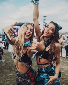 Don't have your Coachella outfit ready to go? Try these festival looks, they're bound to be the hottest ones at Coachella this year. Coachella Festival, Music Festival Outfits, Rave Festival, Festival Wear, Music Festivals, Music Festival Fashion, Summer Festival Outfits, Firefly Music Festival, Concert Outfit Summer