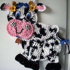 Crochet Cow, by Jerre Lollman
