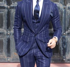 Discover recipes, home ideas, style inspiration and other ideas to try. Blazer Fashion, Mens Fashion Suits, Mens Suits, Blue Pinstripe Suit, Blue Suit Men, Bespoke Suit, Bespoke Tailoring, Tom Ford Suit, Suit Combinations