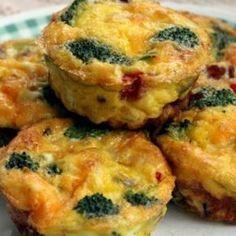 Omelete de vegetais ao forno Quiches, Vegetarian Recipes, Healthy Recipes, Healthy Snacks, Healthy Eating, Salty Foods, Microwave Recipes, Portuguese Recipes, Everyday Food