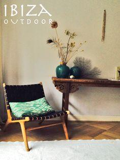 Leuke foto uit Zandvoort ontvangen met de Ushuaia vintage lounge stoel, staat erg leuk in deze woonkamer! bij interesse mail naar ibizaoutdoor@gmail.com ook voor een afspraak in de loods. gr Mees