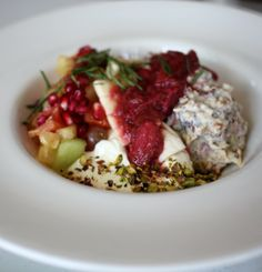 Boathouse - Balmoral Beach - My Kiki Cake - Sydney Food Blog - Quinoa Bircher with Yoghurt, Grated Apple, Dates  Nuts