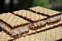 Coconut and chocolate waffles Chef Recipes, Sweets Recipes, Cooking Recipes, Romanian Desserts, Romanian Food, Mini Desserts, Just Desserts, Peach Cookies, Crepes And Waffles