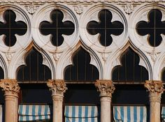 BluOscar: Palazzo Bernardo Venice Painting, A Level Art, Quatrefoil, Columns, Arches, Palazzo, Geometry, Interiors, Projects