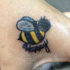 """bee"" happy guys! (:"