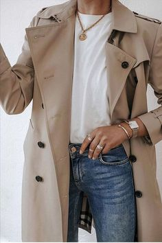 Petite Fashion Tips cute trench coat.Petite Fashion Tips cute trench coat Mode Outfits, Fall Outfits, Casual Outfits, Fashion Outfits, Fashion Tips, Fashion Trends, Jeans Fashion, Hijab Fashion, Fashion Boots
