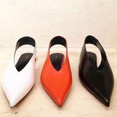 Vintage Love, Retro Vintage, Celine, Fashion Shoes, The 100, Alter Ego, Heels, Blood, Bags