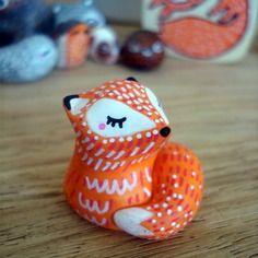 "Totem de poche ""mon renard"" omamawolf figurine en céramique"