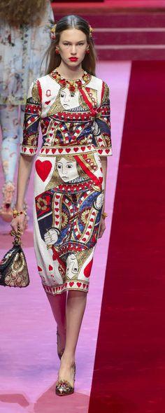 Dolce & Gabbana Spring-summer 2018 - Ready-to-Wear Paris Fashion, Runway Fashion, Fashion Show, Luxury Fashion, Fashion Outfits, Womens Fashion, Fashion Design, Dolce & Gabbana, Moda Paris