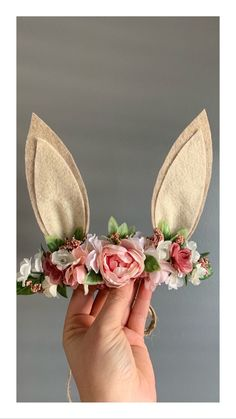 Floral bunny ears for Easter or a sweet Some Bunny is One themed birthday crown! Floral bunny ears for Easter or a sweet Some Bunny is One themed birthday crown! Easter Birthday Party, 1st Birthday Party For Girls, First Birthday Themes, Bunny Birthday, First Birthdays, Birthday Crowns, First Birthday Photos Girl, 1st Birthday Girl Party Ideas, First Birthday Crown