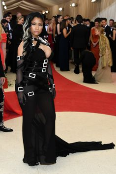 Nicki Minaj in Moschino - 2016 Met Gala