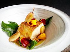 Chicken breast, ice plant leaves, paradise apple and apple vinegar jus. What a difference it is to serve something absolutely fresh, like the paradise apple, flower petals and the ice plant in this dish which I picked in the garden minutes before serving, and not a produce that been laying in a box in a warehouse or whatever for several days, weeks and sometimes months. Sure, the vegetables you grow yourself isn't always perfect, they may have odd shapes or whatever, but by growing and…
