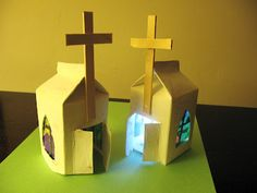 These fantastic milk carton Easter chapels, inspired by Mercer Mayer's Happy Easter Little Critter, provide a gre at opportunity to recycle some of those old milk cartons and talk to your kiddos. Children's Church Crafts, Vbs Crafts, Bible Crafts, Church Activities, Easter Activities, Easter Crafts For Kids, Catholic Kids, Kids Church, Milk Carton Crafts