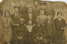 Le mie radici, la fotografia è della famiglia di mio padre scattata nel 1926 a Lainate nella regione della lombardia in italia